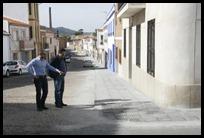 0 Otra imagen de los concejales del ayuntamiento de Almodóvar del Campo en su visita a las obras de la calle Triana