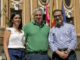 De izquierda a derecha, Virginia López, José Lozano y el flamante pregonero Miguel Ángel Solís