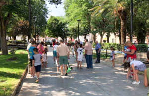 En el Jardín Municipal, durante la actividad intergeneracional