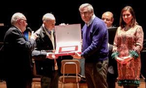 Momento del emotivo homenaje al músico Juan Vicente Robles